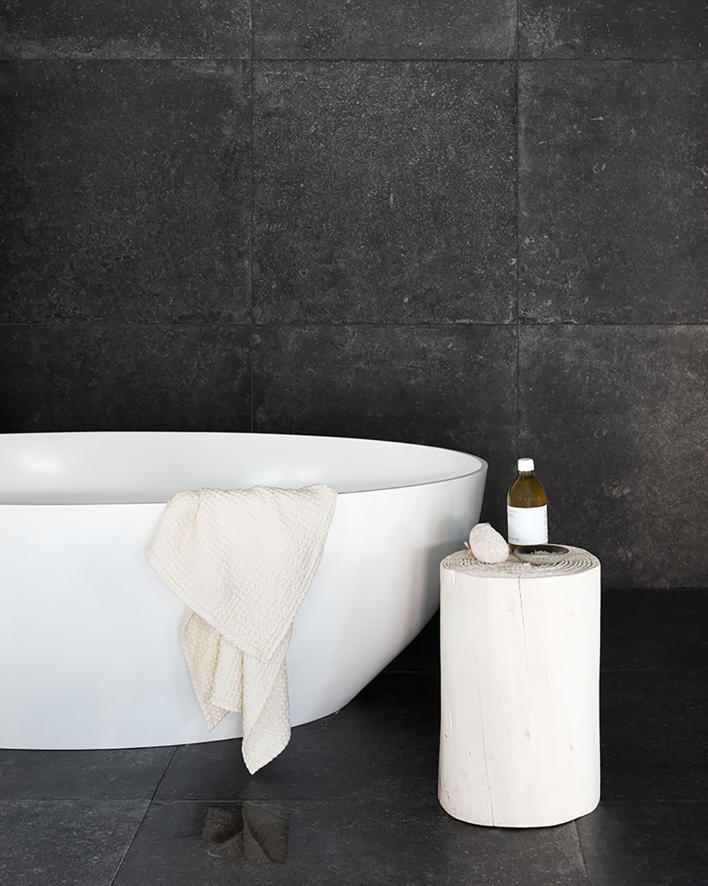 Piet Boon BLACK TILE
